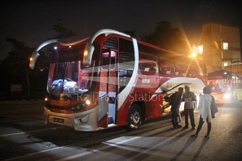 Konsortium Express Singapore To Kuala Lumpur By Night Bus
